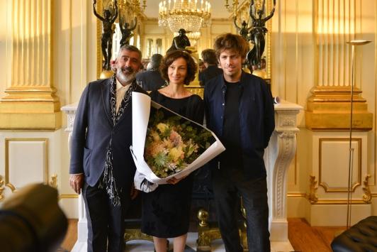 Jean-Pierre Blanc, Audrey Azouley et le chanteur Sage ©Saywho