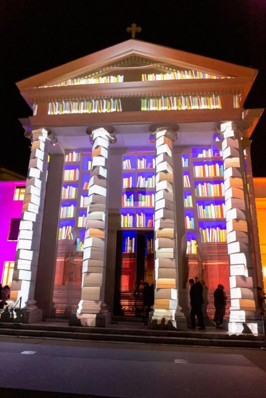 Le mapping a illuminé la façade de la chapelle historique