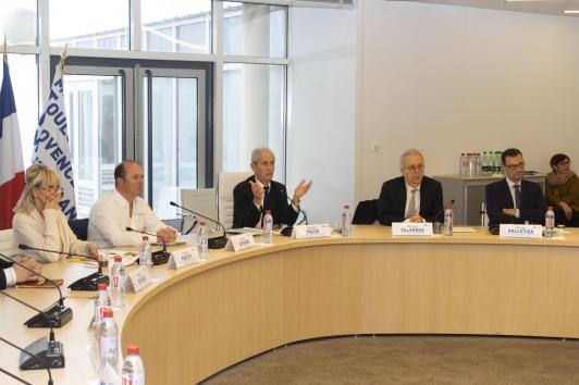 Hubert Falco, entouré de Xavier Lafaure et Patrick Valverde