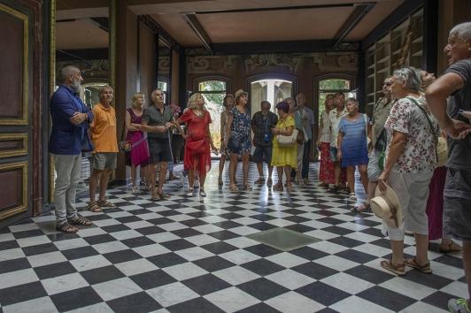 Visites à la villa Romaine Hyères