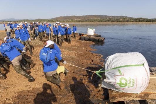 travaux îlot de nidification, transport du sable coquille, le 24 septembre 2021