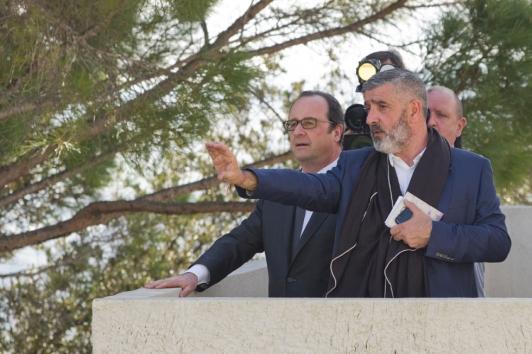 François Hollande et Jean-Pierre Blanc, directeur de la villa Noailles