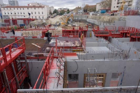 Les murs du rez-de-chaussée du futur Palais de la connaissance/Kedge