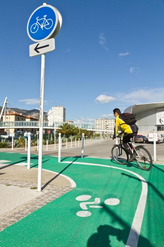 Vélo - piste cyclable - Toulon/Palais des Sports