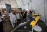 Visite d'Hubert Falco et des représentants des partenaires de la Cité des Sciences et de la Mer
