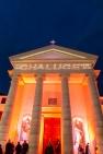 Un mapping, réalisé par l'agence Artcom, a mis en lumière la façade rénovée de la chapelle historique