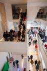 L'escalier monumental au centre de la nouvelle médiathèque