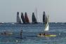 Les 6 concurrents sur le plan d'eau de la rade