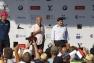 Thierry Martel, DG de Groupama SA, Hubert Falco et le ministre des sports Patrick Kanner lors de la remise des prix aux équipages