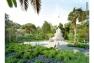 Le monument aux morts au sud du jardin sera conservé et mis en valeur grâce à un nouvel éclairage © Golem Images