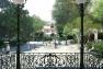 Le kiosque et la crèche mis en valeur au coeur du Jardin Alexandre 1er © Golem