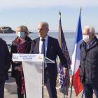 Pose 1er éléments de bois - futur gare maritime/capitainerie - Tour Fondue